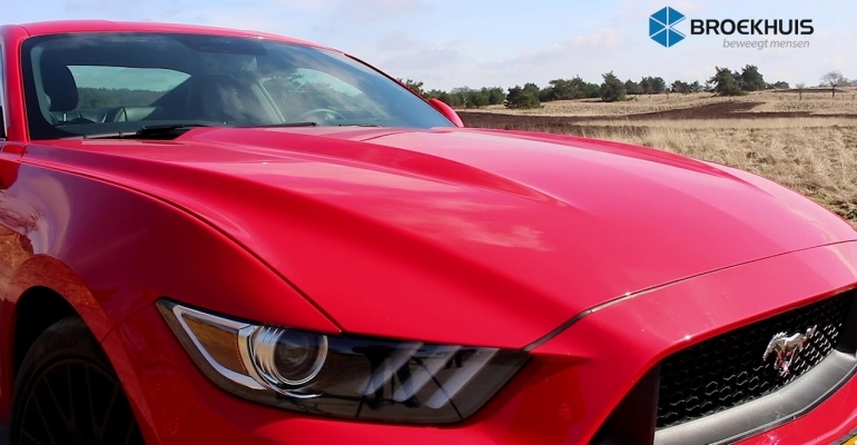 Trouwen in een Ford Mustang GT V8